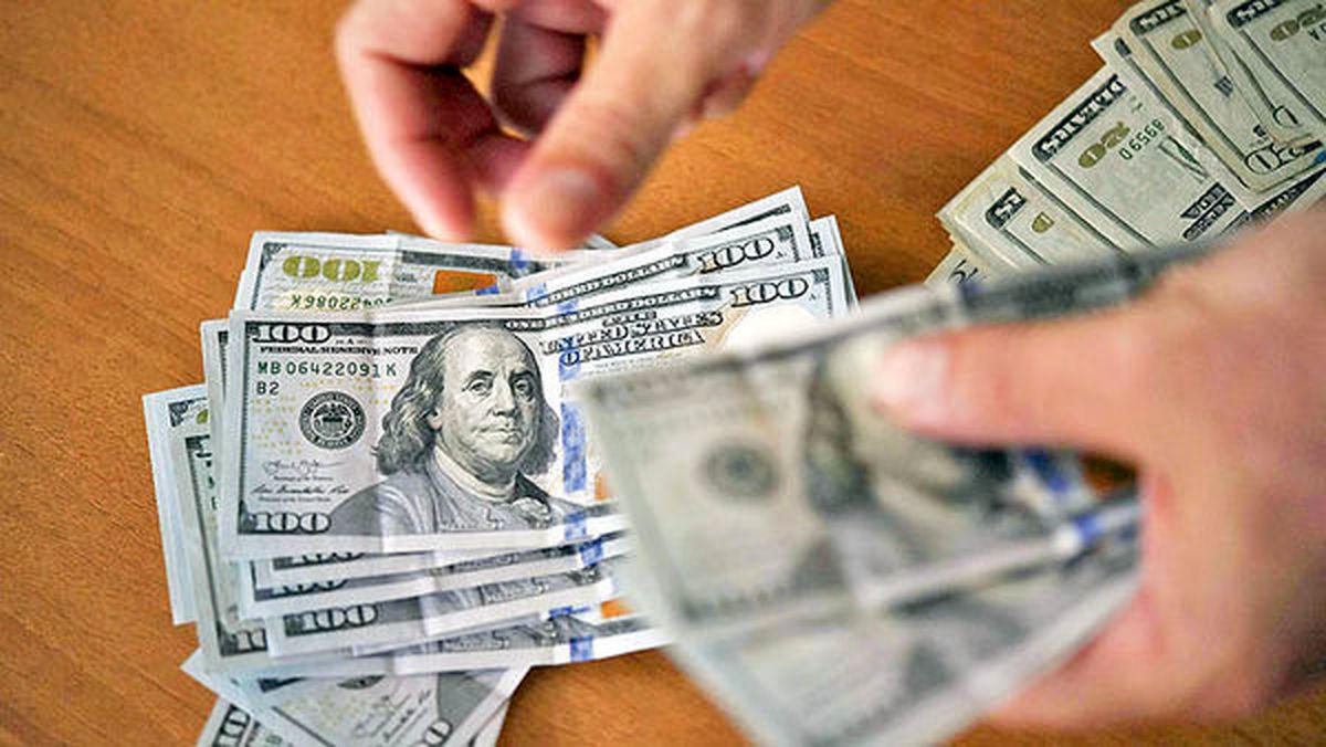 برگشت قیمتها در بازار دلار و سکه
