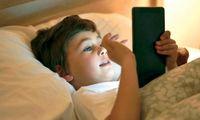 والدین باید استفاده از تلفن هوشمند کودکان را محدود کنند