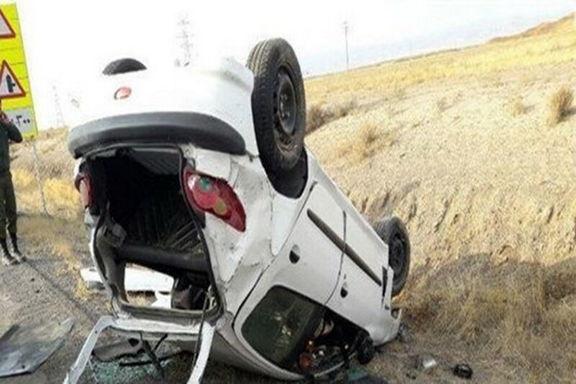 زن باردار بر اثر واژگونی خودرو جان باخت
