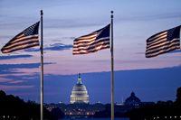 کسری بودجه ۱.۲تریلیون دلاری در انتظار آمریکا