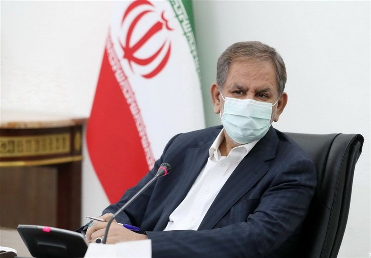 ایران از نظر حجم تولید ناخالص ملی جزو ۲۰اقتصاد برتر دنیاست/ افتخار نیست ملت در صف مرغ باشند
