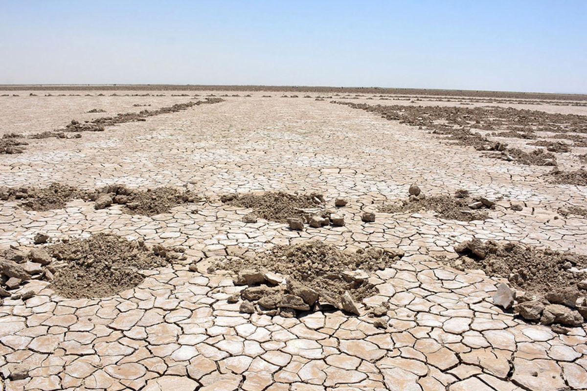 رنج گرد و غبار بهدلیل خشکی تالابها