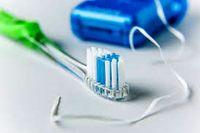 فواید فوقالعاده استفاده از نخ دندان