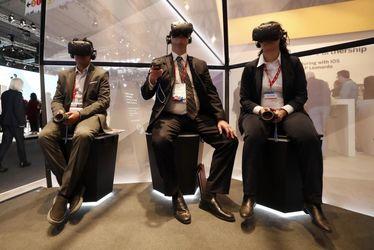 کنگره جهانی موبایل،  VR headsets