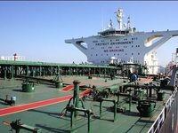هند خرید نفت خود از ایران کاهش میدهد