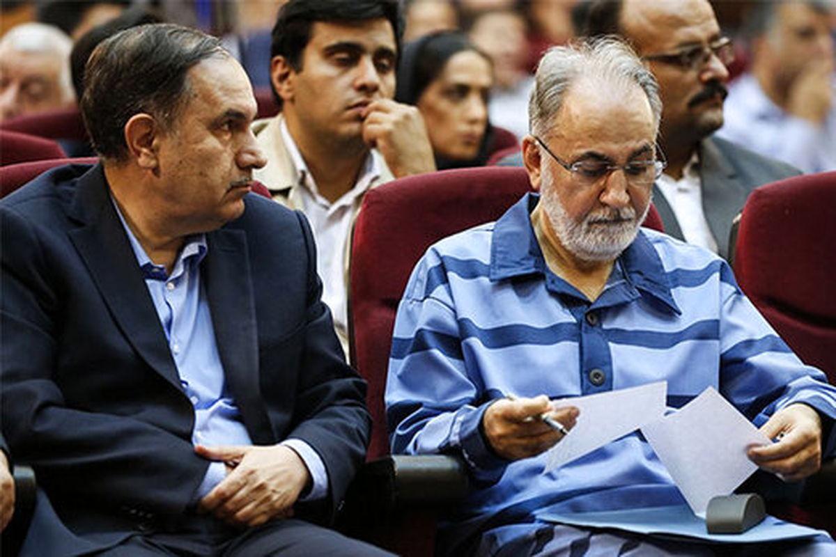 وکیل نجفی: موکلم باید با قرار وثیقه از زندان آزاد شود