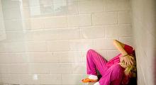 اعتیاد در میان زنان زندانی در آمریکا +تصاویر