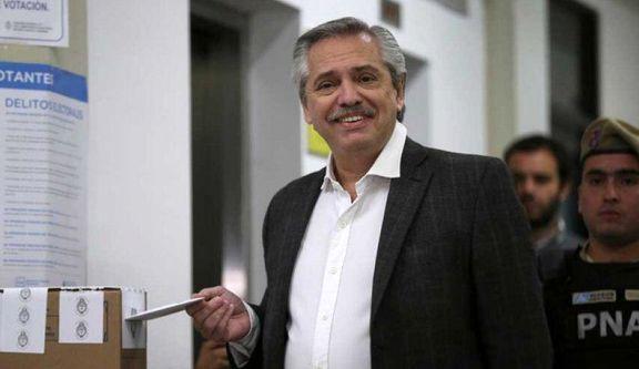 آلبرتو فرناندز رئیس جمهور جدید آرژانتین شد