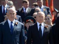 نتانیاهو در کنار پوتین در مراسم رژه ارتش روسیه