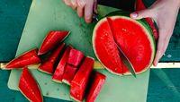 اگر این بیماری را دارید، خوردن هندوانه ممنوع!