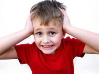 چگونه ترس بیمارگونه در کودکان را اصلاح کنیم؟