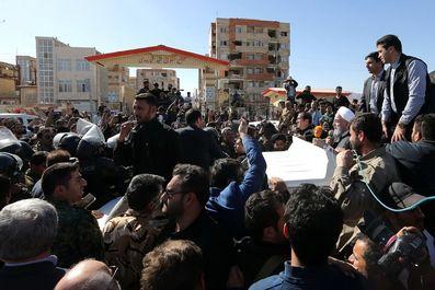 روحانی در اجتماع مردم شهرستان سرپل ذهاب