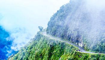 جادهای که به مسافران رحم نمیکند +عکس