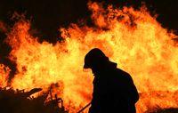 در پی آتش سوزی زندانی در اندونزی ۲۵۸زندانی فرار کردند +فیلم