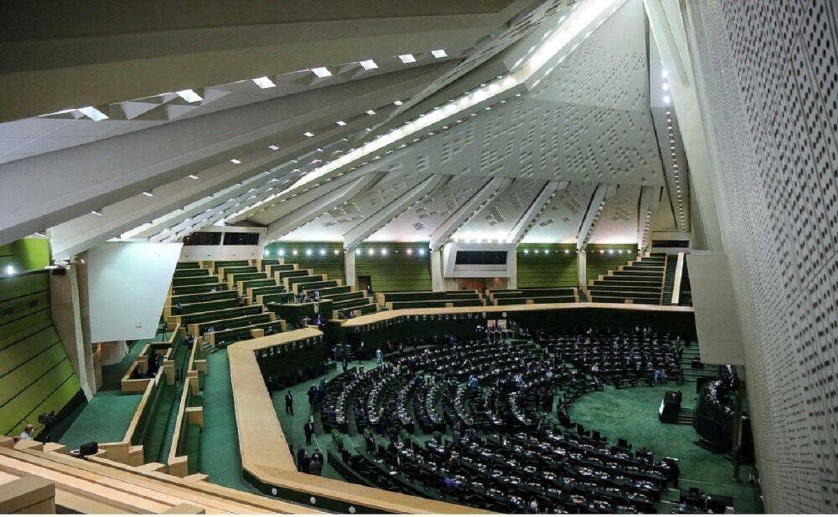 احضار ۲وزیر به مجلس درباره گرانی مرغ