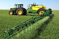 طنابکشی کشاورزان و صنعت بیمه بر سر نرخ حق بیمه ماشینآلات کشاورزی