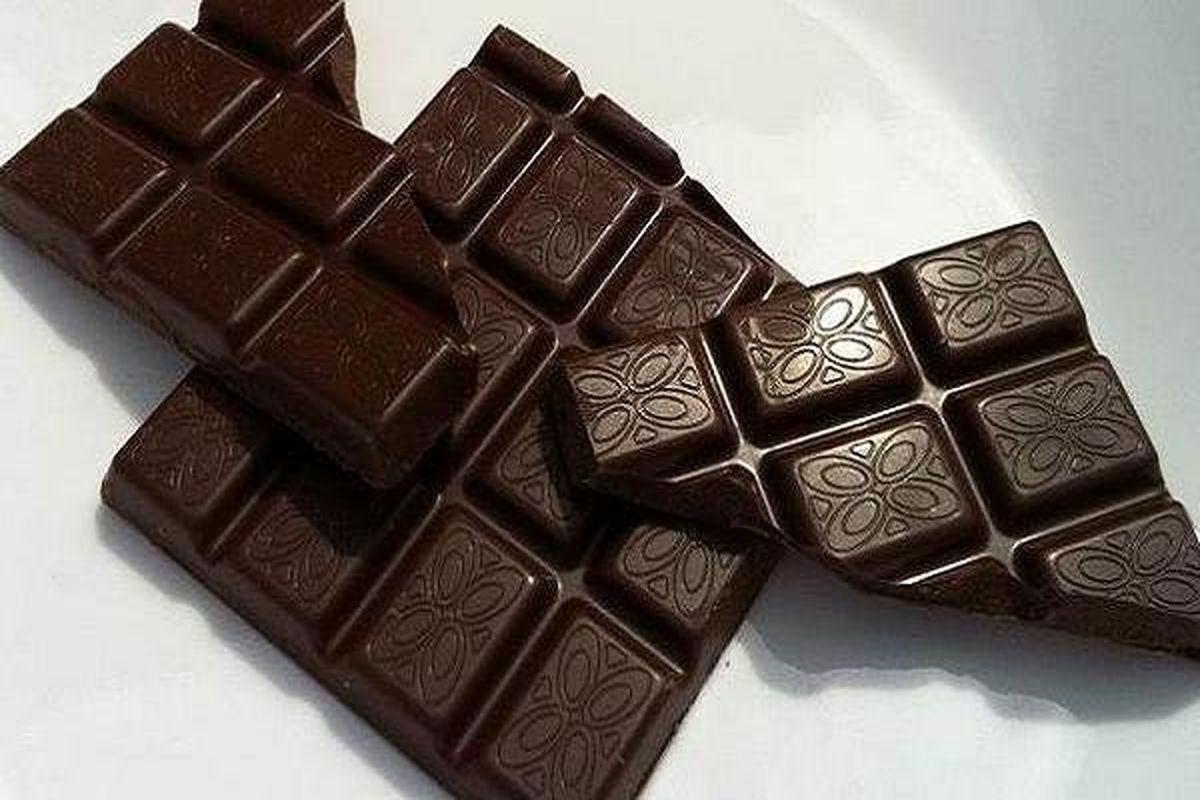 شکلات تلخ علائم افسردگی را کاهش میدهد