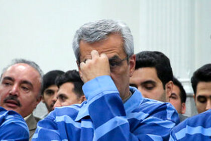 متهمان قاچاق ارز و پولشویی در دادگاه +تصاویر