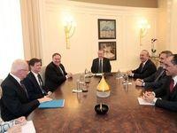پمپئو با اردوغان در فرودگاه آنکارا دیدار کرد