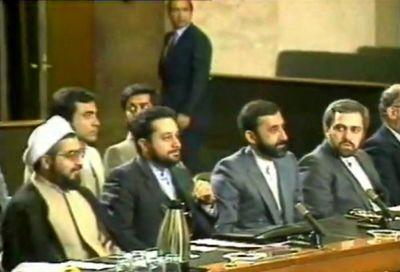 روحانی و ظریف در تیم مذاکرهکننده ایران در قطعنامه ۵۹۸ +عکس