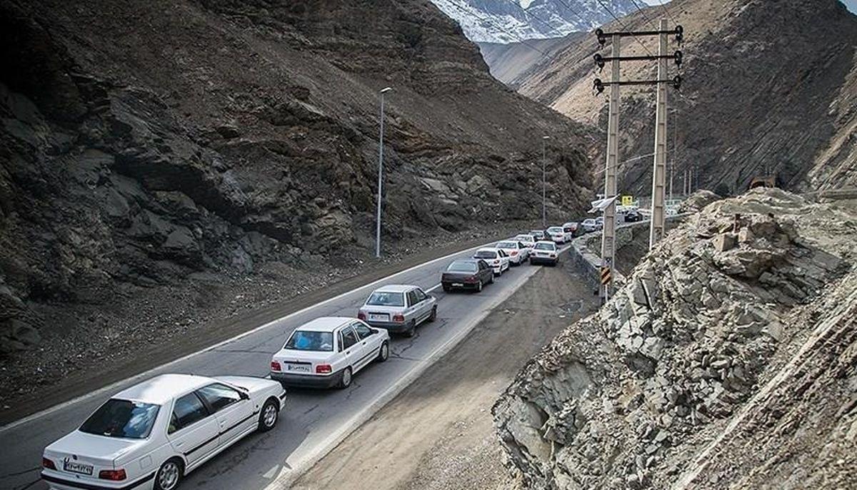 ترافیک سنگین جاده کرج - چالوس را یک طرفه کرد