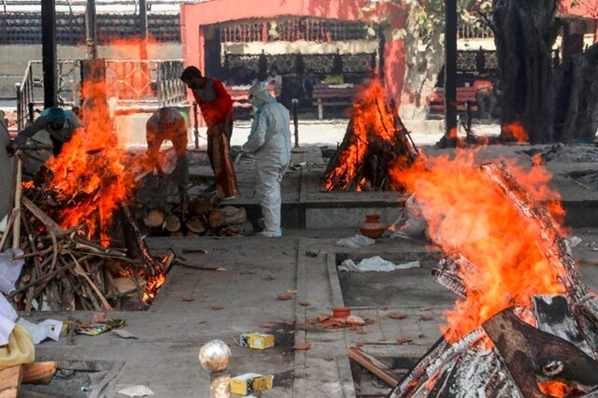 چرا وضعیت کرونایی هند فاجعهبار شد؟ + عکس