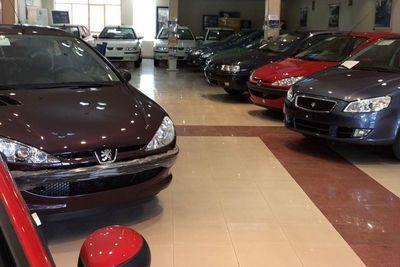 خرید و فروش در بازار خودرو به حداقل رسید
