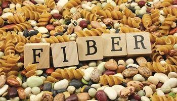 چرا باید به اندازه کافی فیبر بخوریم؟
