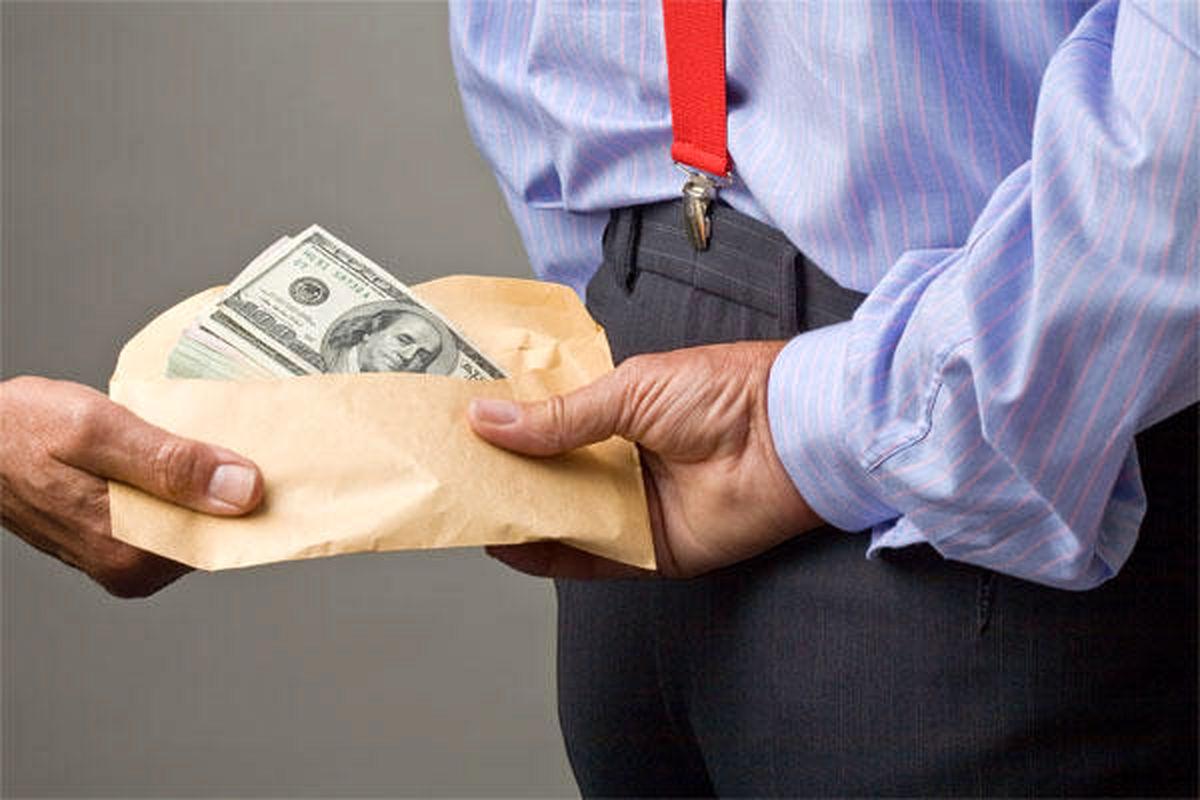 بررسی پرونده رشوه ۶میلیون دلاری به مدیران وزارت نفت عراق