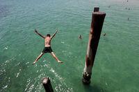 آبوهوای جهان قاتی کرده است +تصاویر
