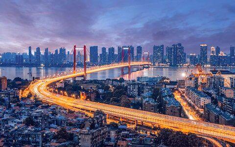 کرونا شاهراه چین را قرنطینه کرده است