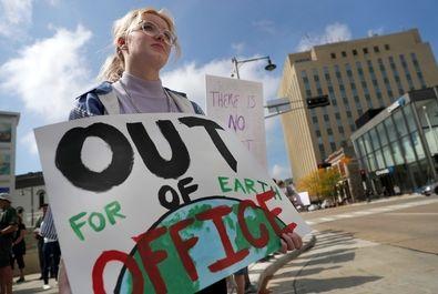 اعتصاب جهانی دانشآموزان علیه تغییرات آبوهوایی