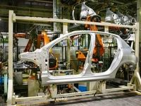 عدم پرداخت وام خودروسازان در موعد مقرر/ افزایش روزافزون بدهی خودروسازان به قطعهسازان
