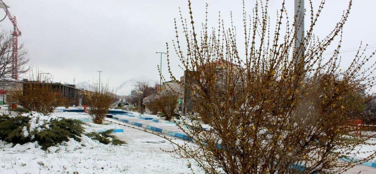آسمان آبی کلانشهرهای ایران در دمای زیر صفر