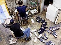 کارگران کارگاههای زیرپله از حداقلهای قانون کار محرومند