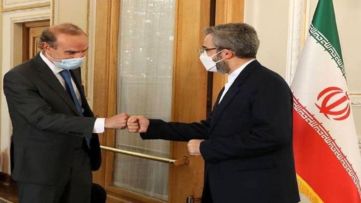 علی باقری با انریکه مورا دیدار کرد
