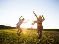 چگونه خوشبختی را جذب کنیم؟