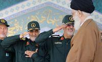 پوستر سایت رهبر انقلاب درباره سردار سلیمانی