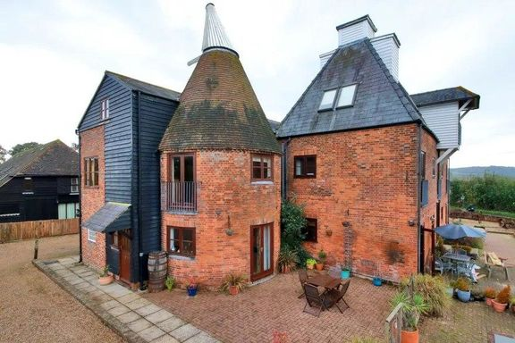 خانههای زیبا با سقفهای عجیب!
