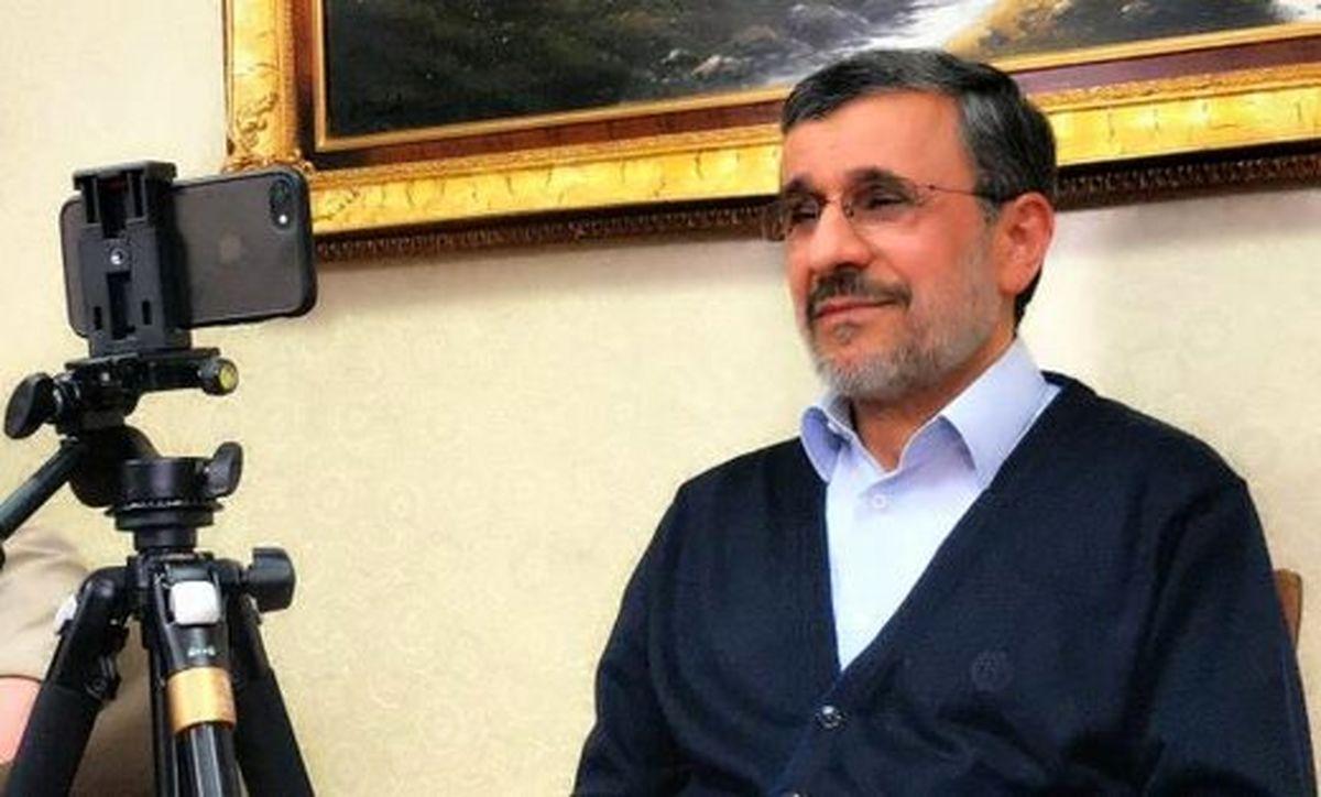 حقهای که احمدی نژاد به مراجع و علما زد