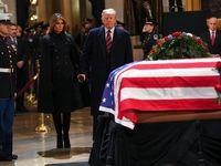 ادای احترام ترامپ و ملانیا به جورج بوش پدر +فیلم