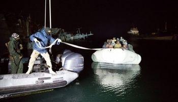 ۶کشته و مفقود در پی واژگونی قایق مهاجران در دریای اژه