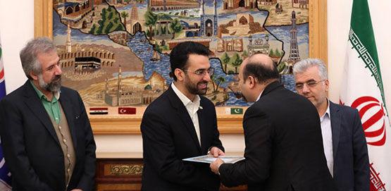 تقدیر وزیر ارتباطات از اقدامات ایرانسل در اربعین۹۸