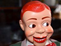 ترس از عروسک در بزرگسالان چه علائمی دارد؟