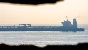 حتی حرف زدن درباره توقیف نفتکش ایرانی جرم است/عاقبت شومی در انتظار آمریکا