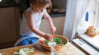 6 فایده آشپزی با کودکان