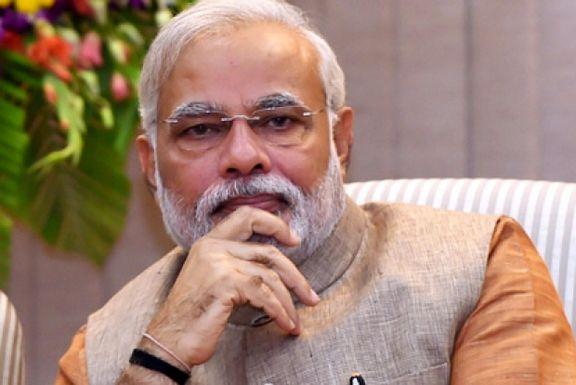 تصاویر نخست وزیر هند در حال جاروکشی! +فیلم