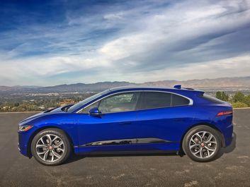 2019-Jaguar-I-Pace-EV400-Blue-3