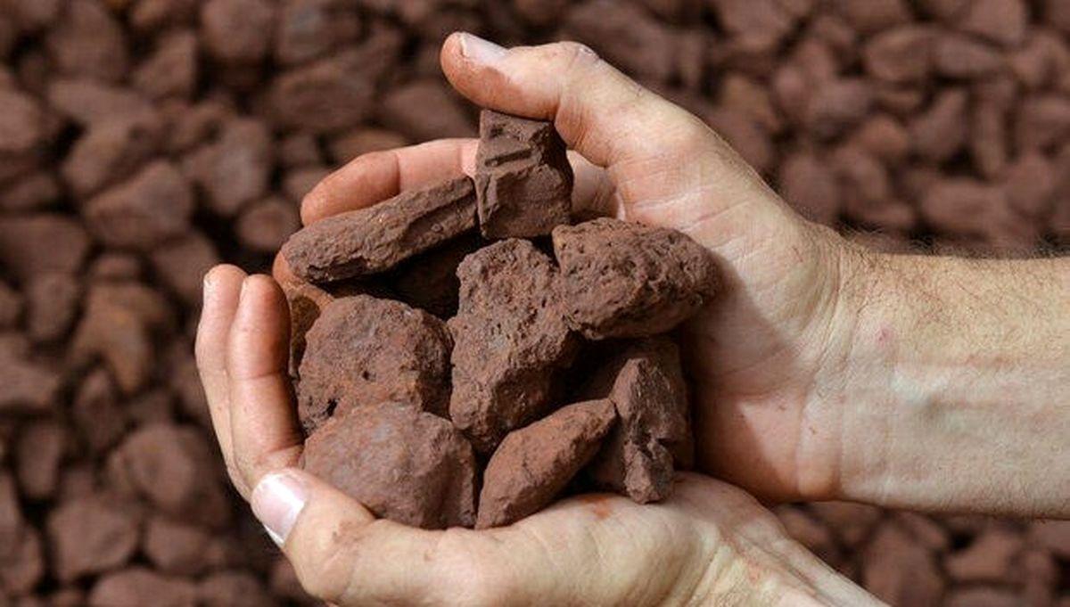 پذیرش کلوخه سنگ آهن در بازار اصلی بورس کالا