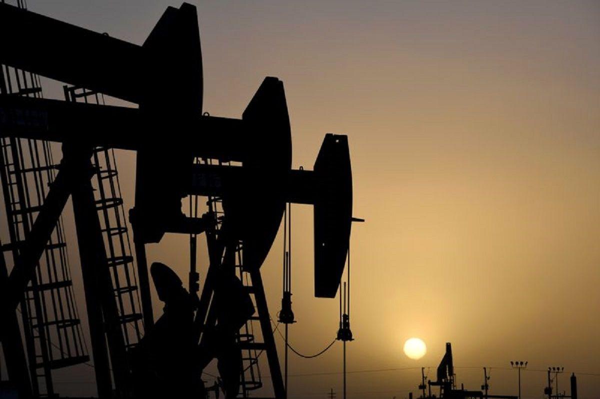 قیمت نفت در یک قدمی بالاترین سطح هفته / غلبه بازار بر نگرانی از افزایش صادرات ایران